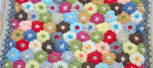 Fleur gonflée au crochet