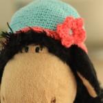 Un bonnet à fleur
