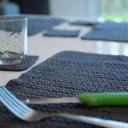 mes sets de table en crochet so crochet. Black Bedroom Furniture Sets. Home Design Ideas